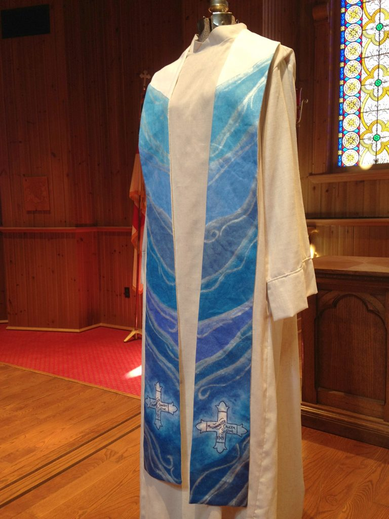 Chasuble and Stole set for Daughters of the King 02